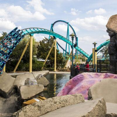 Seaworld Kraken Rollercoaster closeup